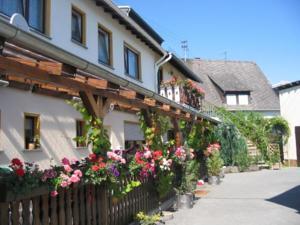 Gasthaus  Tanengrun Hotel-Pension - Eifel / Nurburgring, Germany