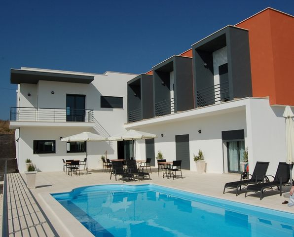 Casa Ceedina Bed and Breakfast  - Portugal